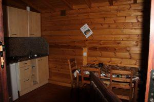 Cocina-salón bungalow 2 habitaciones